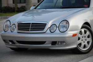 2002 Mercedes CLK320