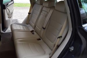 2011 Volkswagen Touareg AWD