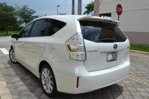 2012 Toyota Prius V Hybrid